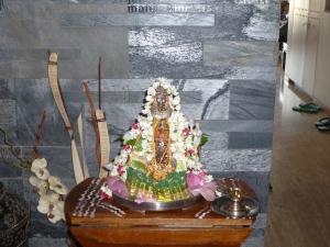 அலங்கரித்த அம்மன் மும்பை2012