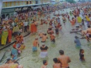 கோதாவரிகும்பமேளாவில் ராம்காட் பகுதியில்